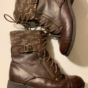 SIZE 3 JUSTICE BOOTS